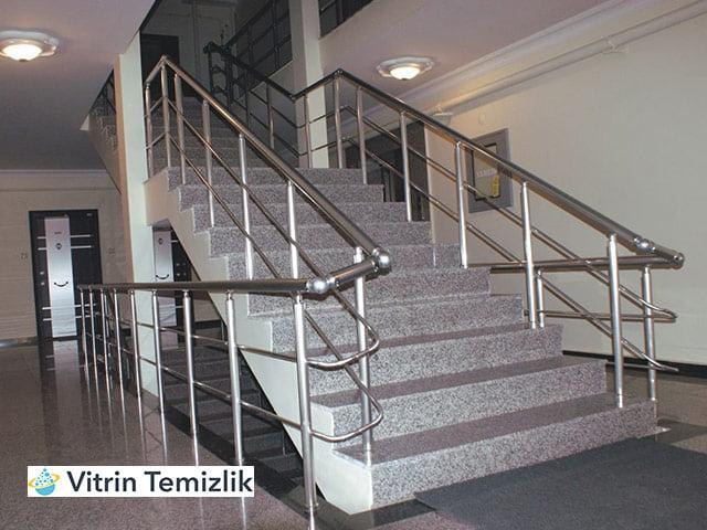 Kocaeli İzmit Apartman Merdiven Temizliği
